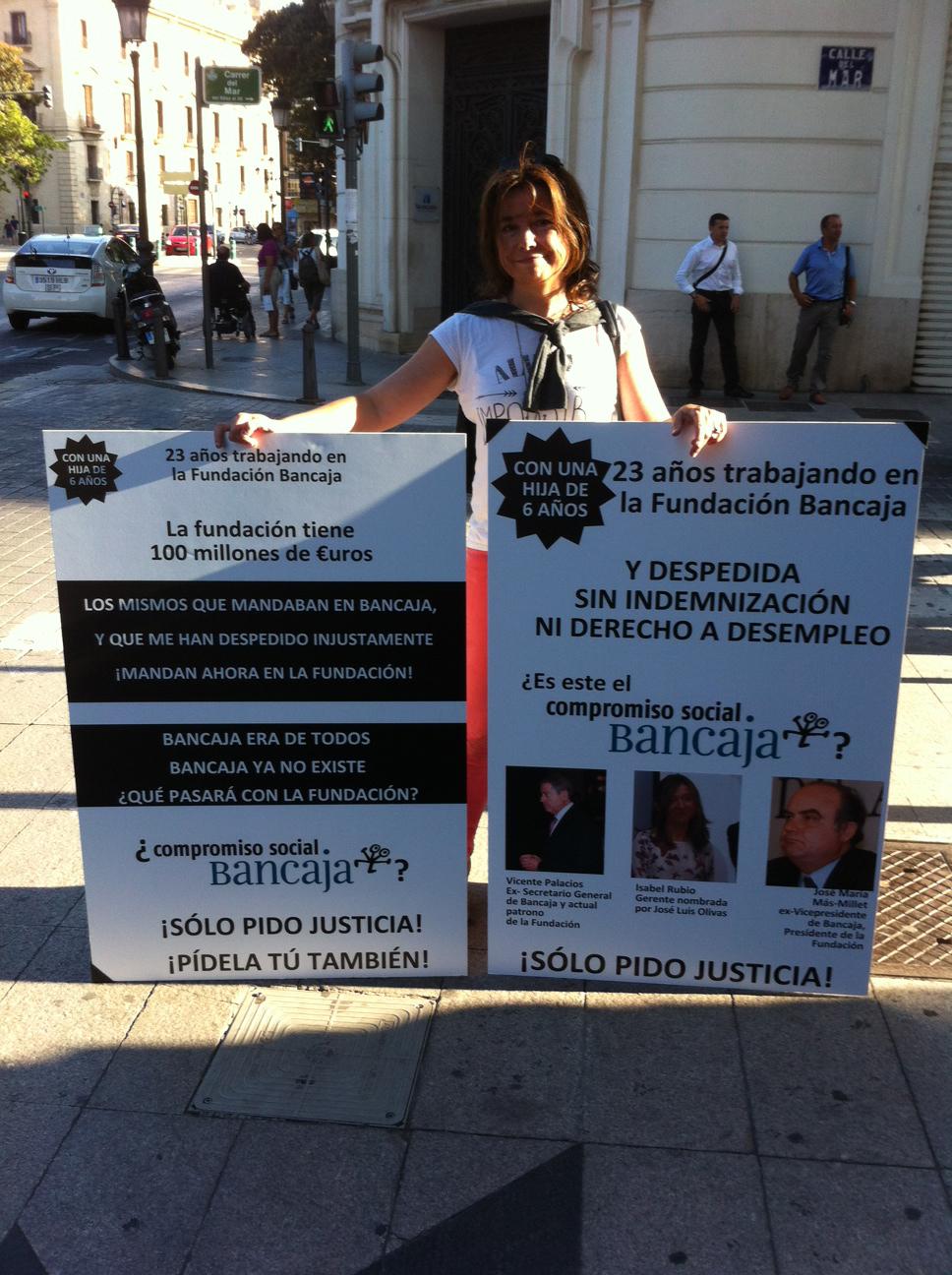 protesta-fundacion-bancaja-2